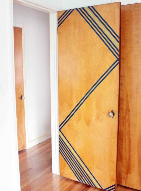 washi-tape-wooden-door